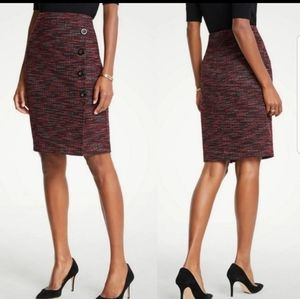 ANN TAYLOR red black tweed button detail skirt